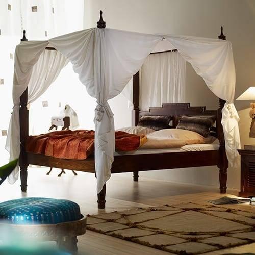 Betten & Nachttische