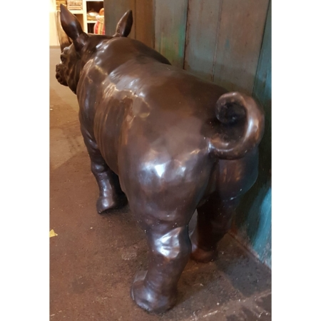 Figur stehendes Nashorn